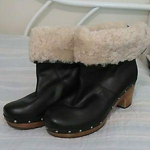 UGG sheepskin black leather booties
